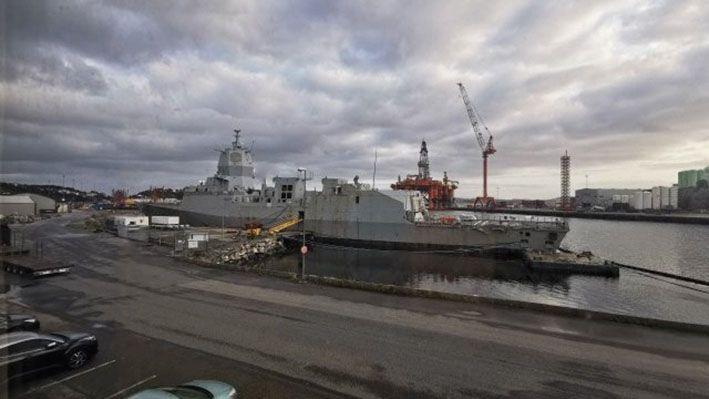chiến hạm KNM Helge Ingstad lớp Fridtjof Nansen buộc phải tháo dỡ sau khi chịu hư hỏng nặng. Ảnh: Janes Defense.
