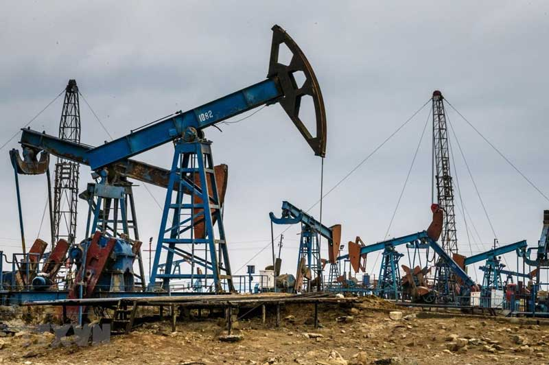 Giá xăng, dầu (19/1): Chững lại do chịu nhiều áp lực