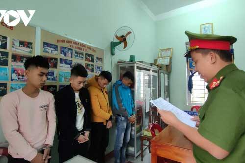 Quảng Nam: Nhóm thanh niên bắt giữ người, đánh đập vì thua bạc