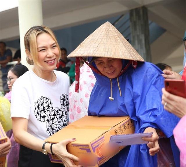 Những ca sĩ ấn tượng của showbiz Việt năm 2020 - 8