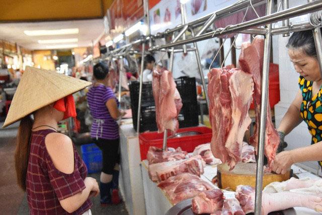 Giá lợn hơi tăng, giá thịt thành phẩm vẫn ổn định