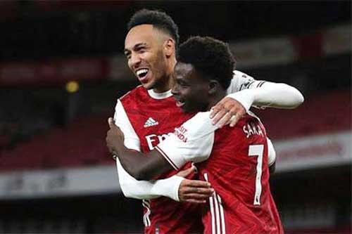 Arsenal: 'Pháo rền vang khi Aubameyang trở lại'