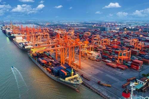 Việt Nam nhập siêu khoảng 250 triệu USD trong nửa đầu tháng 1
