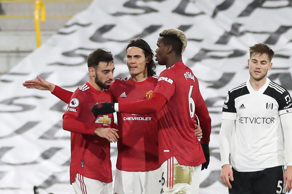 Pogba lập siêu phẩm, Man Utd tái chiếm ngôi đầu