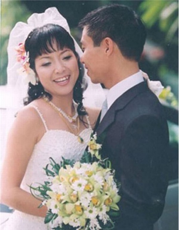 MC Thảo Vân: 20 năm cầm trịch Táo quân và cuộc sống bình yên ở tuổi 51 - Ảnh 3.