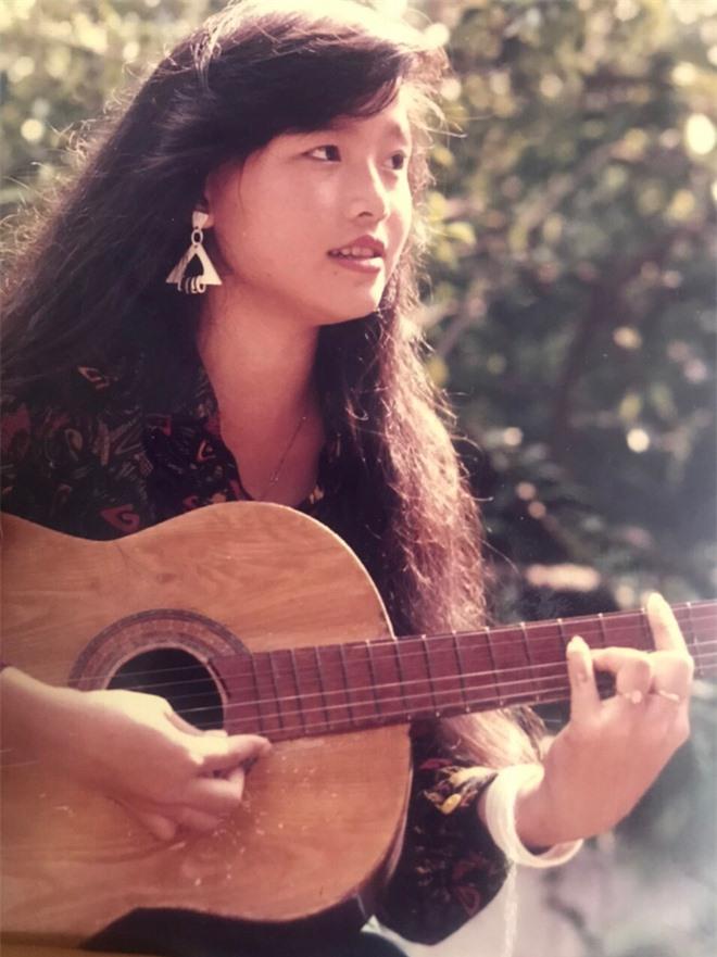 Nhan sắc thời trẻ và điều ít biết về Nữ hoàng nhạc sến miền Tây Hoàng Châu - Ảnh 6.