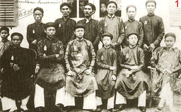 Vua Ham Nghi giau 1.000 thung vang o dau?-Hinh-9
