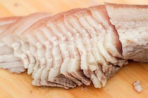4 sai lầm nghiêm trọng khi ăn thịt lợn bạn phải dừng lại ngay