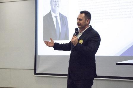 Giám đốc Điều hành The Grand Hồ Tràm Craig Douglas nhấn mạnh tầm quan trọng của việc phát triển nguồn nhân lực chất lượng cao sau đại dịch tại Việt Nam.