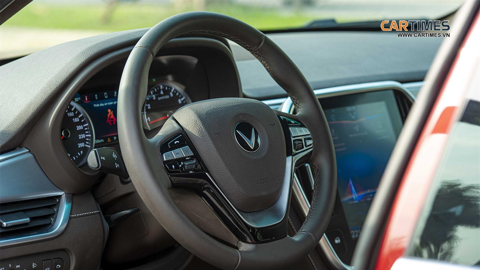 Vô lăng xe VinFast Lux SA2.0