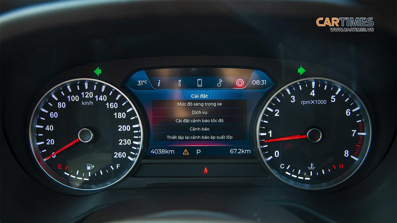 Màn hình xe VinFast Lux SA2.0
