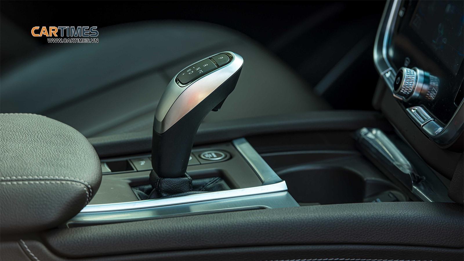 Cần số xe VinFast Lux SA2.0