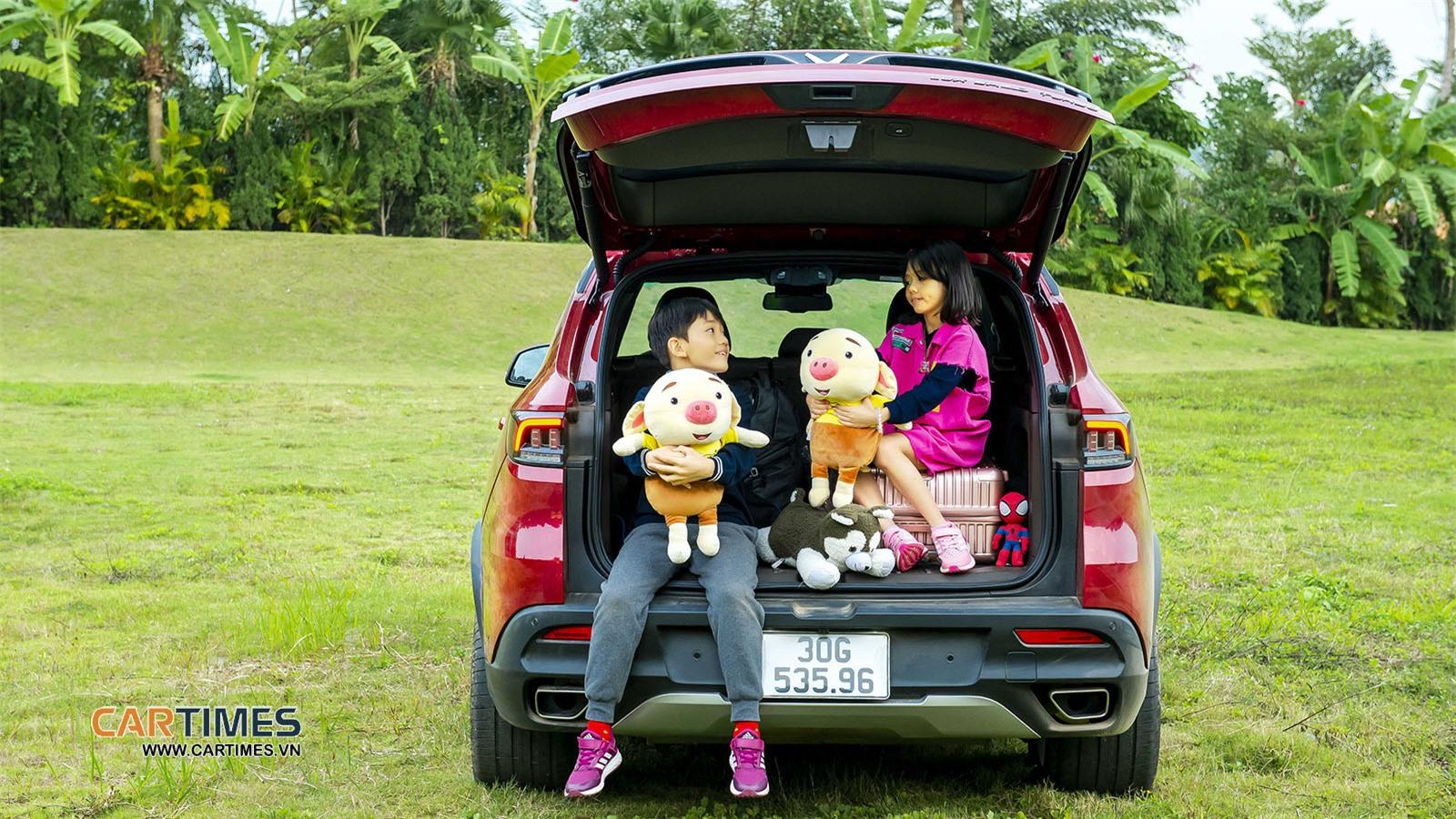 Cốp xe VinFast Lux SA2.0