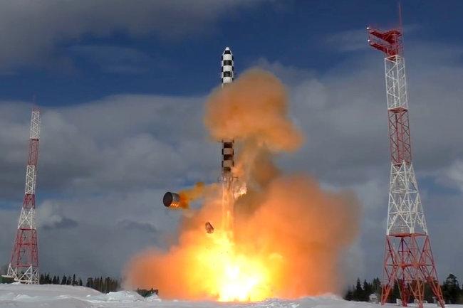 Tên lửa đạn đạo xuyên lục địa RS-28 Sarmat của Nga. Ảnh: Sina.