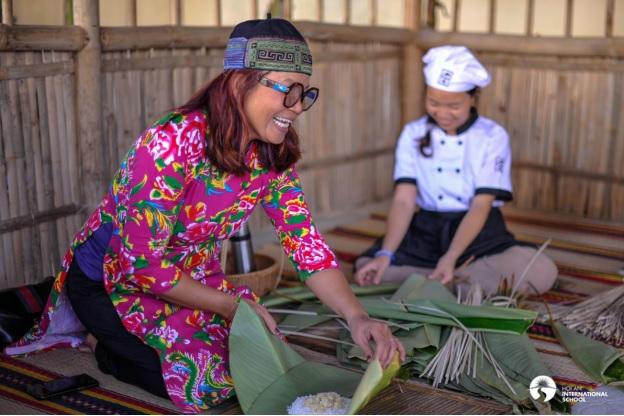Bánh chưng, bánh tét, dưa hành, xôi gấc, nem, giò chả,…sẽ được các phụ huynh Việt Nam của trường tự tay làm để mọi người cùng thưởng thức tại lễ hội .