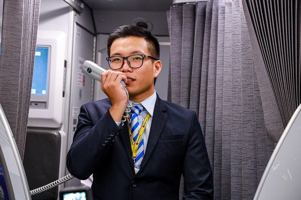 Với Vietravel Airlines, mỗi tiếp viên hàng không là một hướng dẫn viên du lịch.