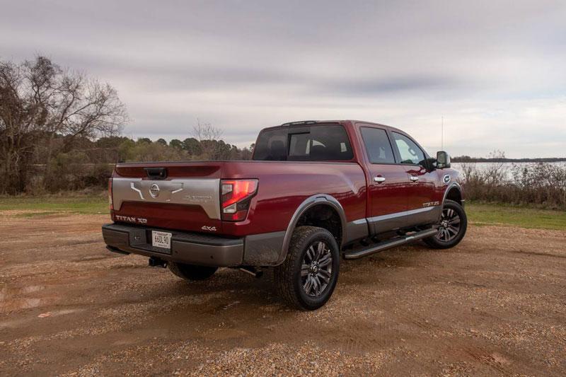 9. Nissan Titan XD (sức kéo tối đa: 5.021 kg).