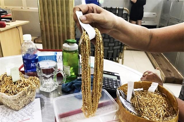 Thợ kim hoàn trộm của chủ hơn 455 lượng vàng giá 10 tỷ đồng trong 6 năm - 2