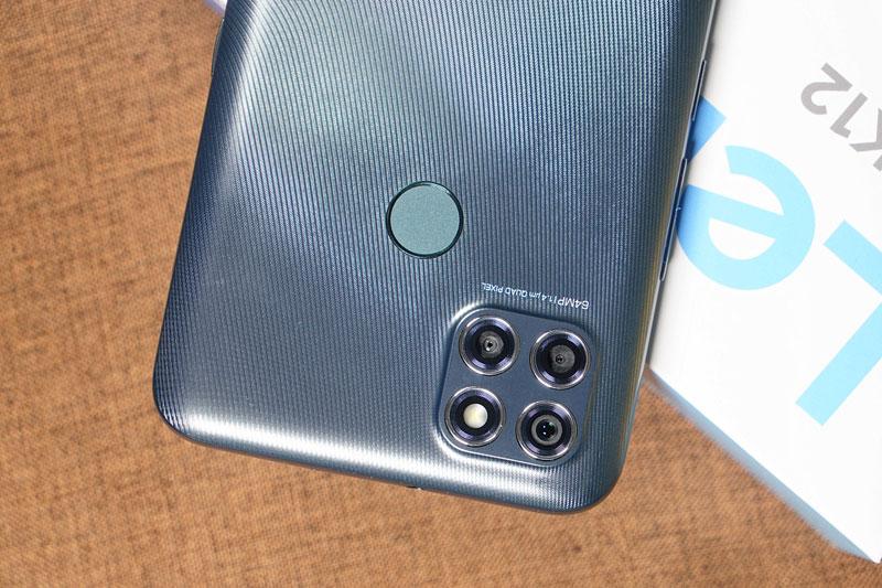 Smartphone chống nước, chip S662, RAM 4 GB, pin 6.000 mAh, giá rẻ bất ngờ
