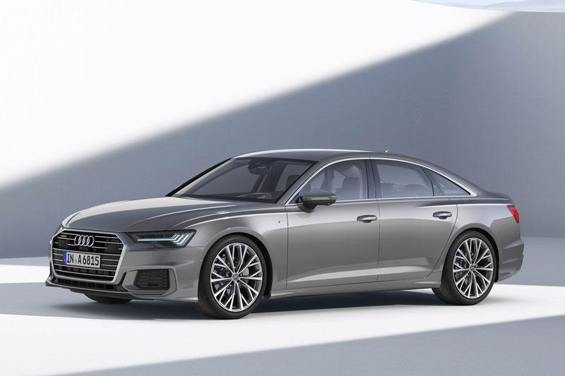 4. Audi A6 2021 (giá khởi điểm: 55.945 USD).