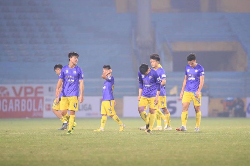 Vì sao Hà Nội FC khởi đầu tồi tệ ở V.League 2021?