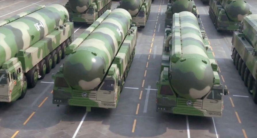 Tên lửa đạn đạo xuyên lục địa di động DF-41 của Trung Quốc. Ảnh: Janes Defense.