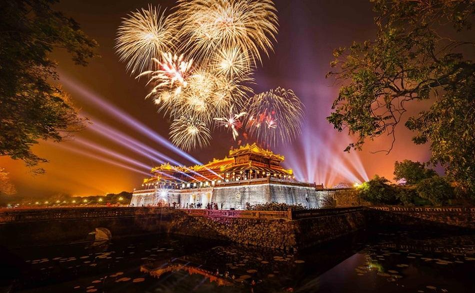 Do trong năm địa phương gặp nhiều chuyện đau buồn nên huyện Phong Điền xin không tổ chức bắn pháo hoa.