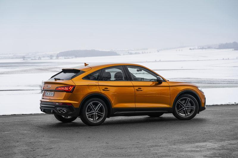 Audi SQ5 Sportback TDI 2021 chốt giá hơn 2 tỷ đồng