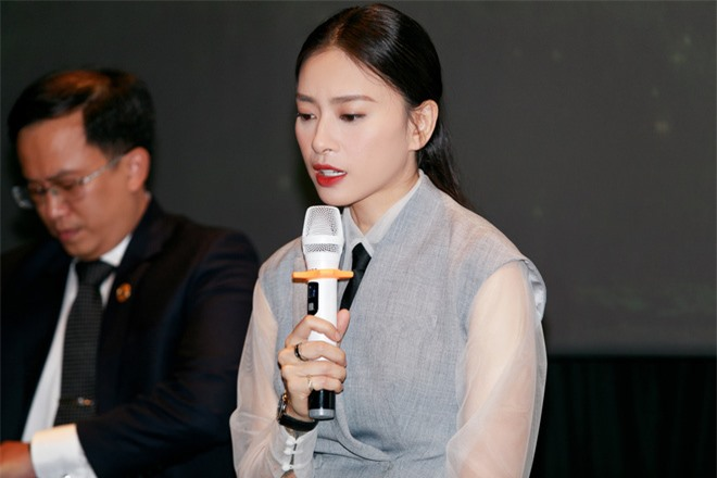 Ngô Thanh Vân buồn bã, khốn đốn vì phim 43 tỷ bị tẩy chay - Ảnh 1.