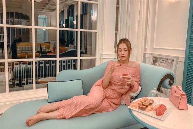 Phương Oanh Quỳnh búp bê tuổi 32 xinh đẹp, nổi tiếng và giàu có - Ảnh 15.