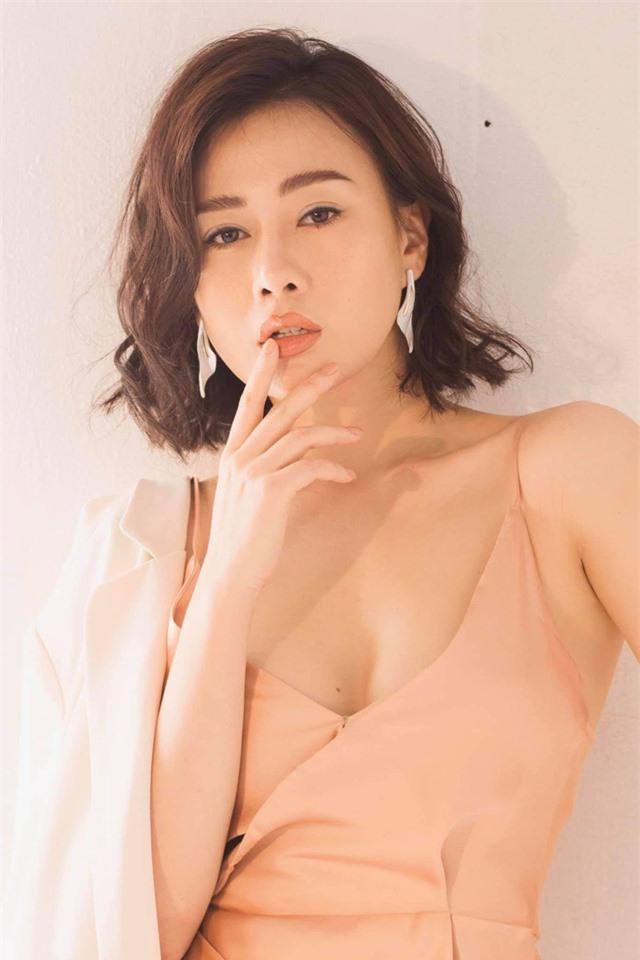 Phương Oanh Quỳnh búp bê tuổi 32 xinh đẹp, nổi tiếng và giàu có - Ảnh 23.
