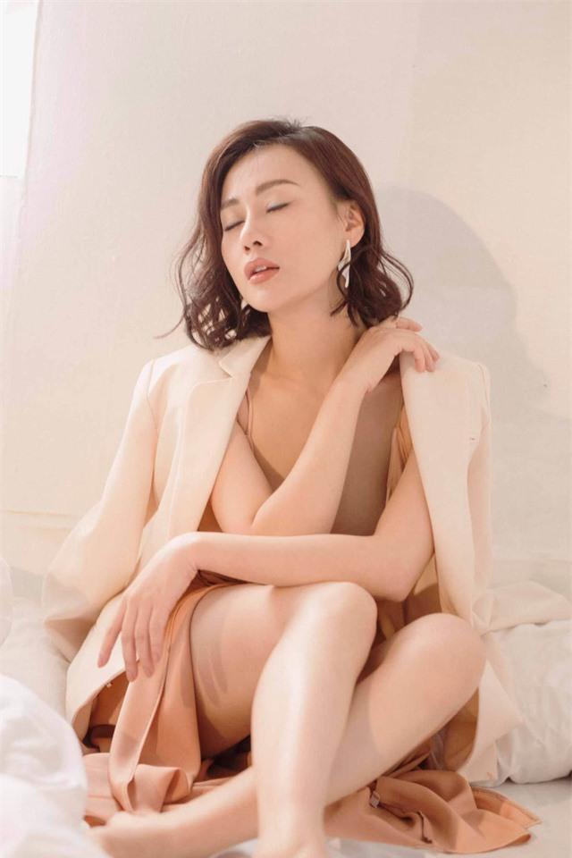 Phương Oanh Quỳnh búp bê tuổi 32 xinh đẹp, nổi tiếng và giàu có - Ảnh 24.