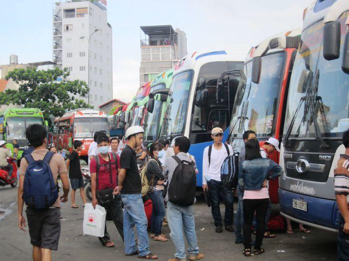 TP.HCM: Không để người dân thiếu tàu, xe về quê ăn Tết