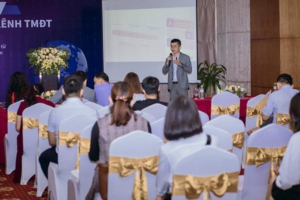 """""""Ông lớn"""" thương mại điện tử cam kết hỗ trợ 10.000 DN nhỏ và vừa Việt Nam bán hàng xuyên biên giới"""