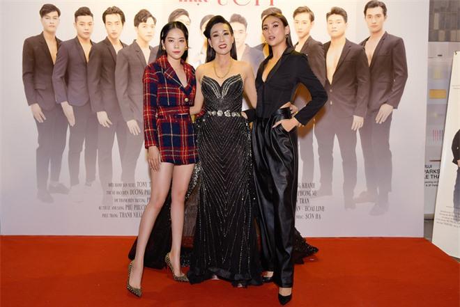 Dàn sao Việt ủng hộ nghệ sĩ Hà Kiều Anh ra mắt phim - Ảnh 3.