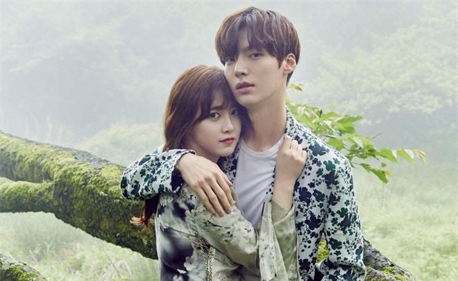 Goo Hye Sun và Trịnh Sảng được gọi tên 'gương mặt vàng' trong làng 'giả nai' sau biến căng với tình cũ - Ảnh 3