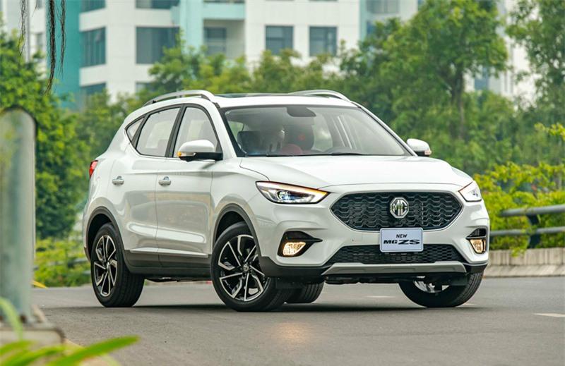 Loạt ô tô mới hấp dẫn mở hàng thị trường Việt Nam năm 2021