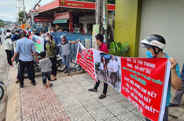 """Bình Dương: Bắt 2 lãnh đạo Công ty SP Land vì bán dự án """"ma"""" cho người dân"""