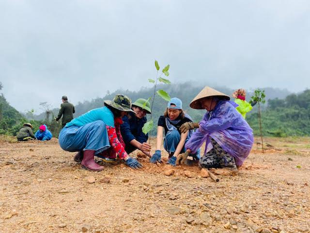 Mục tiêu cùng nhau phủ xanh tất cả núi rừng Việt Nam.