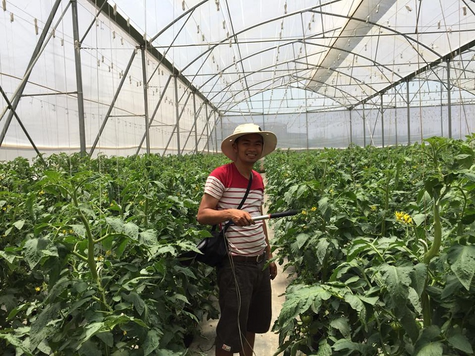 """Lâm Đồng xuất hiện những """"Nông dân thế hệ mới"""" dám nghĩ, dám làm, mạnh dạn ứng dụng khoa học công nghệ, bỏ vốn đầu tư, chủ động khai thác thị trường, liên kết sản xuất tạo ra chuỗi giá trị tham gia có hiệu quả vào thị trường tiêu thụ trong và ngoài nước."""