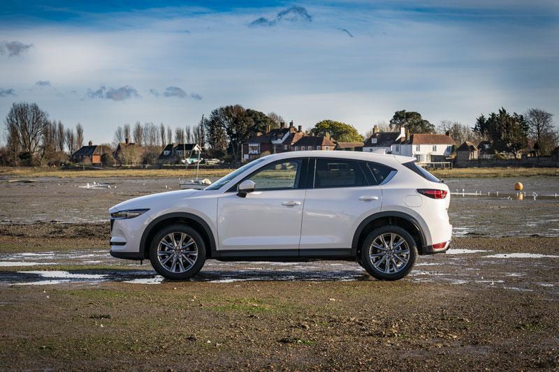 Ngắm Mazda CX-5 2021, giá gần 900 triệu đồng