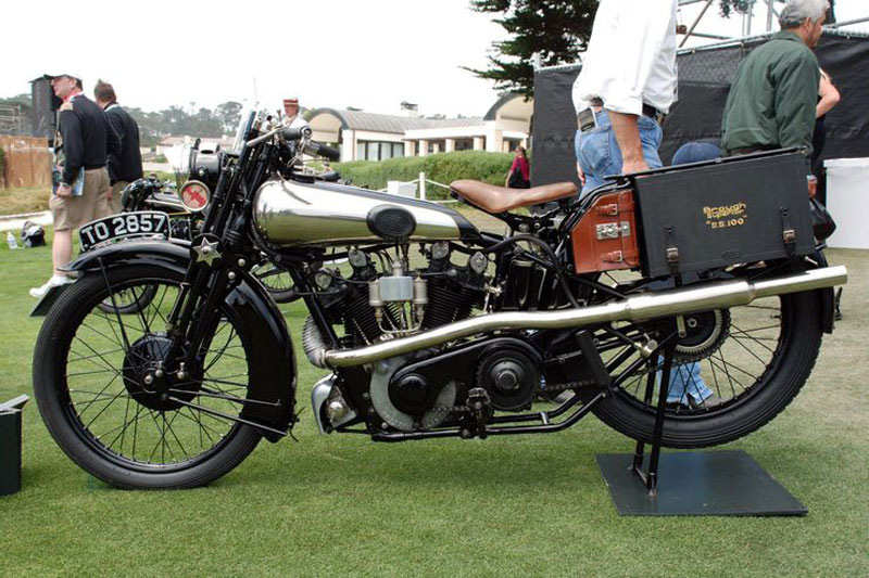 8. Brough Superior SS100 Alpine Grand Sports 1926 (giá: 453.000 USD).