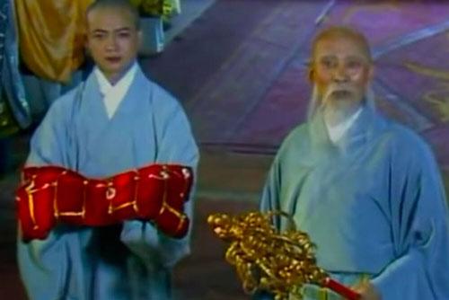 Bí ẩn Tây Du Ký: Áo cà sa và tích trượng của Đường Tăng thực ra là những pháp bảo đầy quyền năng?