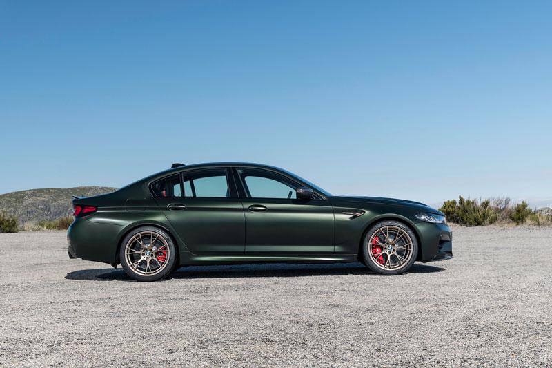 'Soi' xe thương mại nhanh nhất của BMW