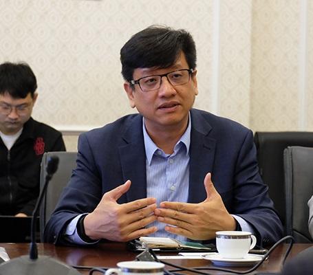 """Hai năm đầu tư vào Việt Nam, Luxshare đang """"nổi như cồn"""" là ai?"""