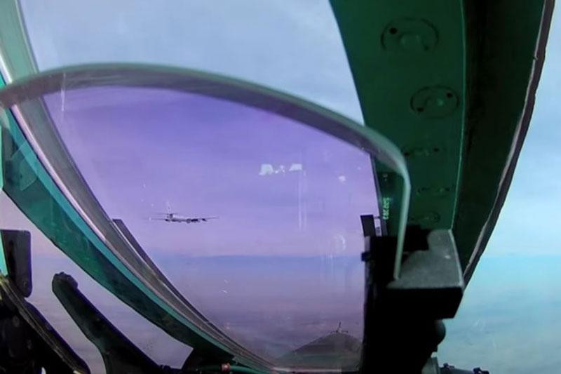Tiêm kích MiG-31 của Nga đánh chặn máy bay NATO sau nỗ lực gây nhiễu phòng không Nga