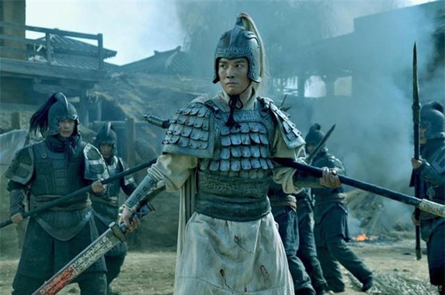 Không phải Quan Vũ hay Triệu Vân, đây mới là nhân vật sở hữu vũ khí hủy diệt khủng khiếp nhất trong Tam Quốc Diễn Nghĩa - Ảnh 3.