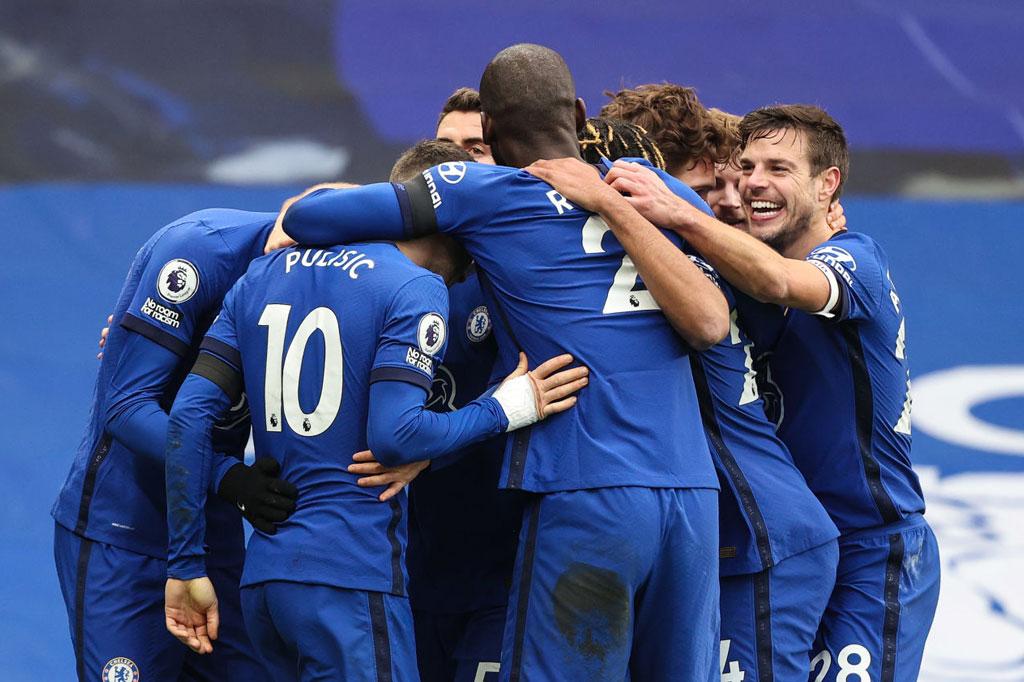 3. Chelsea (296 lần).