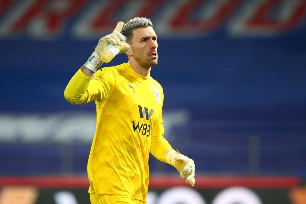 9. Vicente Guaita (Crystal Palace, 64 lần).