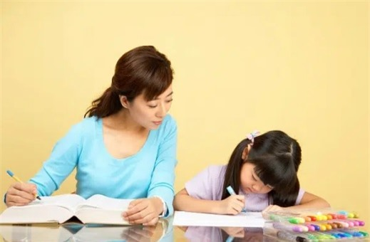 5 sai lầm khi kèm con học cha mẹ nên từ bỏ ngay